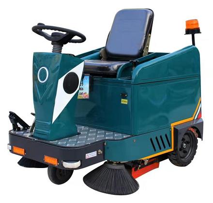 小型驾驶扫地机 LCS1050